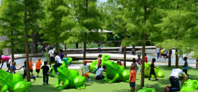 Synthetic Grass Outdoor Play Spaces for Kids